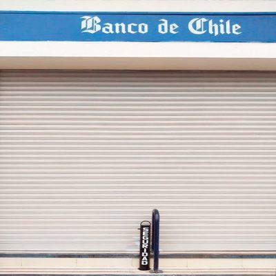 Pilón Frontis Banco de Chile
